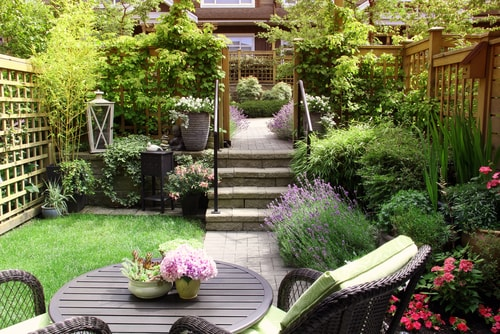 beplanten strakke moderne tuin