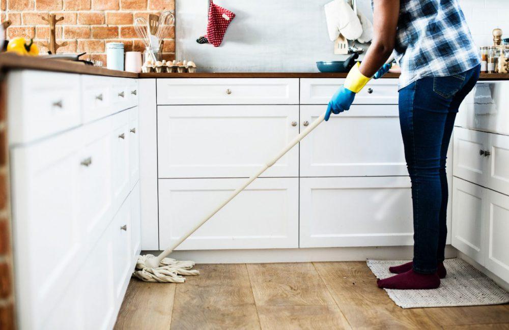 Maak zorgvuldig schoon in huis ongedierte
