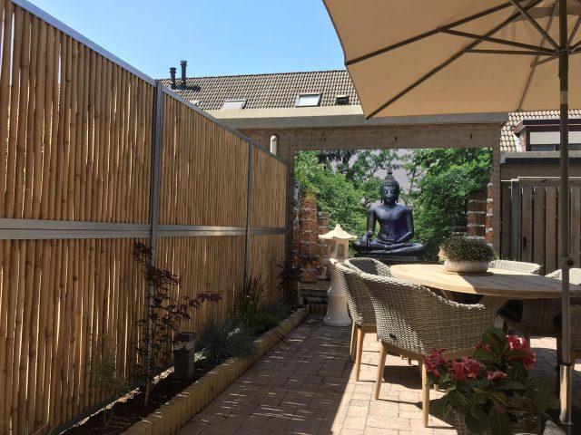 Een schutting om uw tuin af te schermen